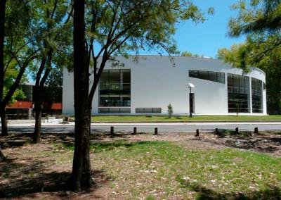 Hospital universitario integrado – Facultad de Ciencias Médicas / consultorios odontológicos y administración – Facultad de odontología – Universidad Nacional de La Plata.